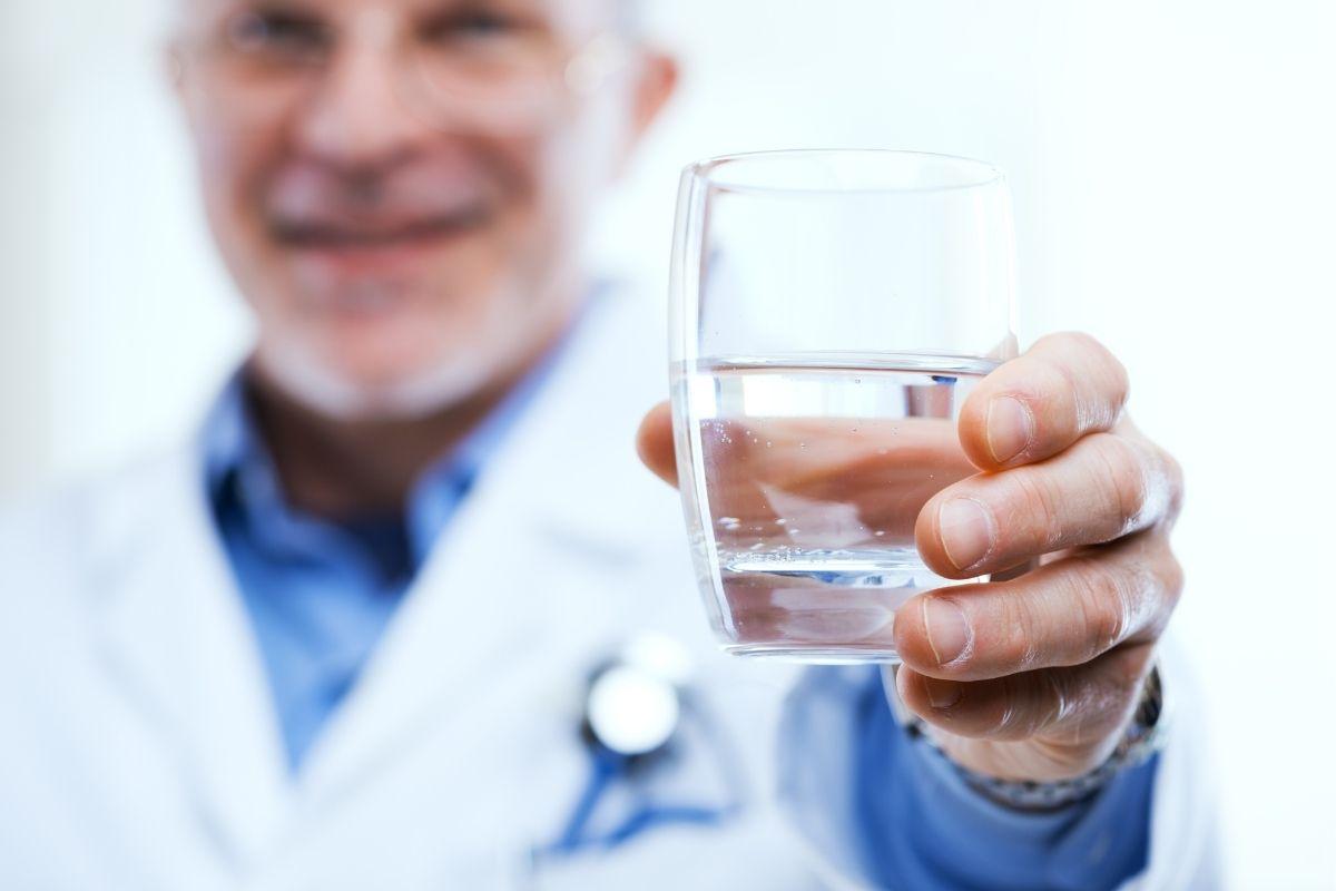 consumo-agua-ajuda-emagrecer-melhorar-saúde-corpo