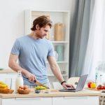 cursos-culinaria-beneficios-aprender-cozinhar-casa